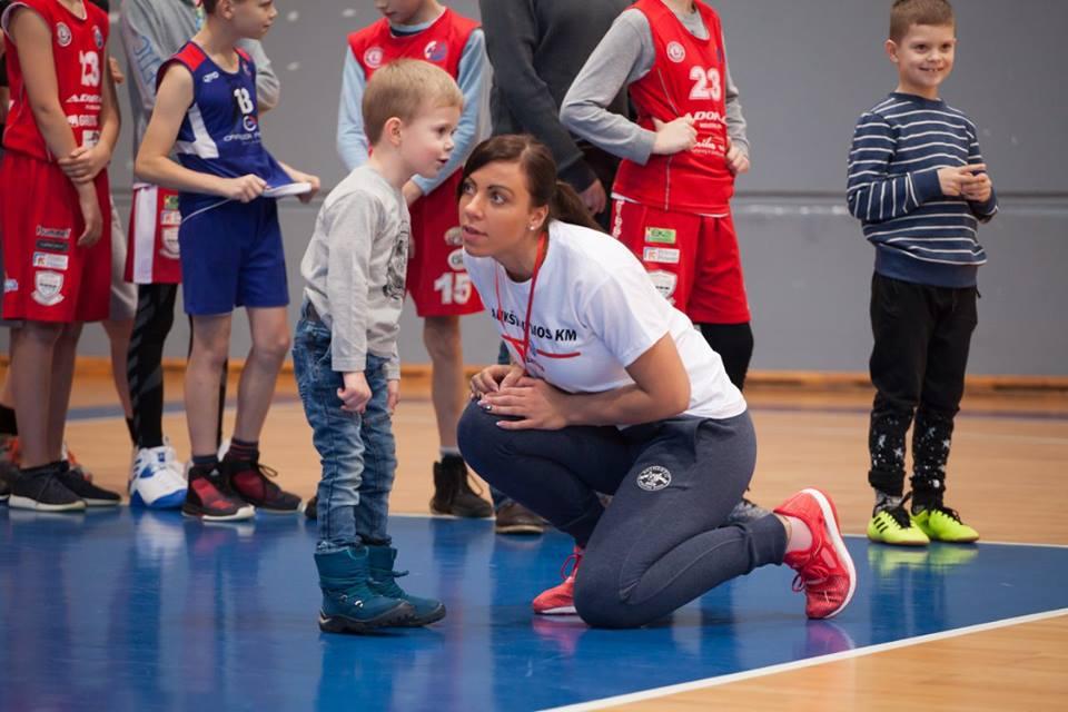 Su Aukštaitijos krepšinio mokyklos auklėtiniais ir vėl darbuosis profesionali atletinio rengimo trenerė Kristina Jasinskaitė
