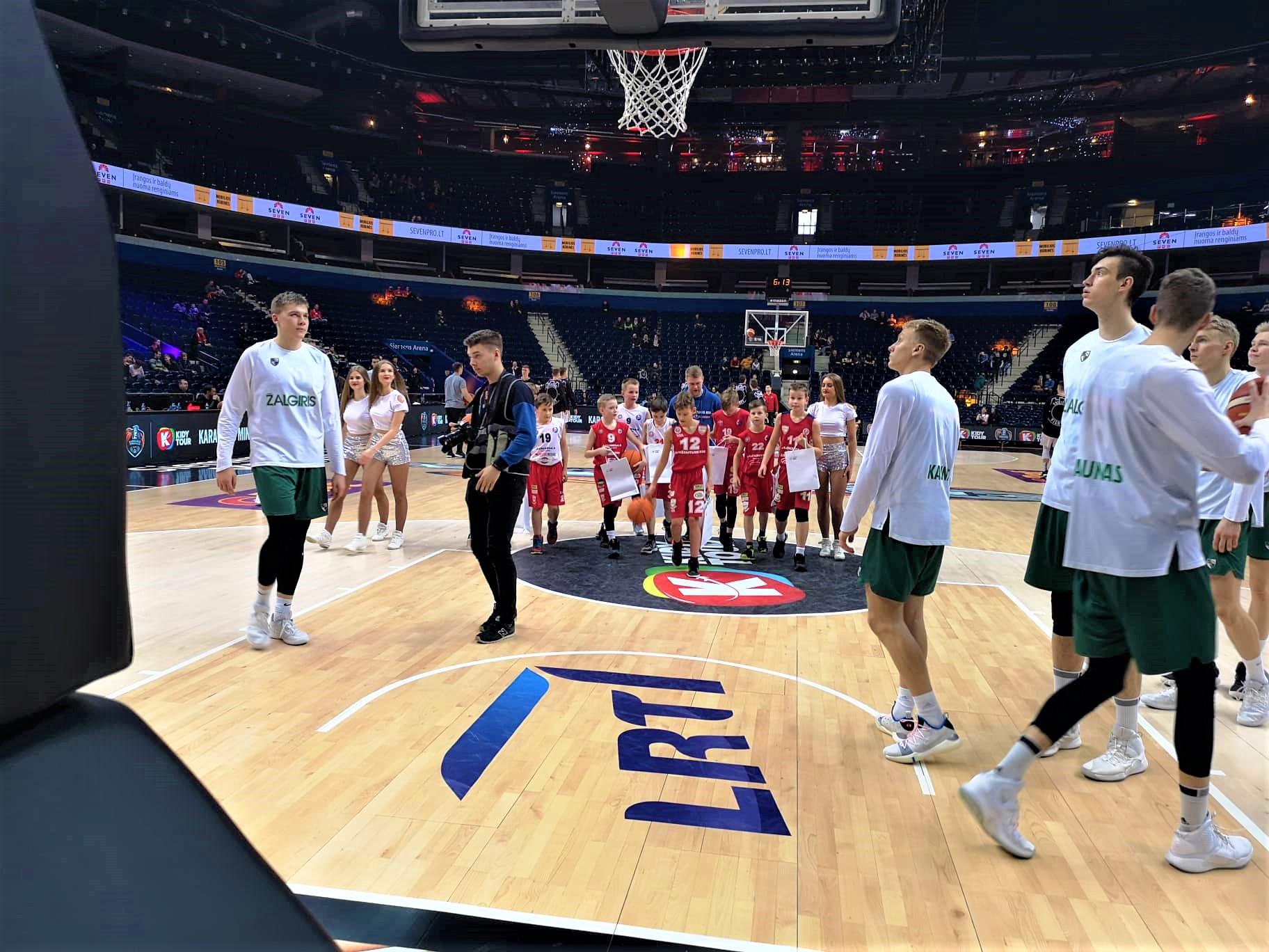 Aukštaitijos krepšinio mokyklos auklėtiniai tapo įspūdingo LKL organizuoto Karaliaus Mindaugo taurės finalinio renginio dalimi