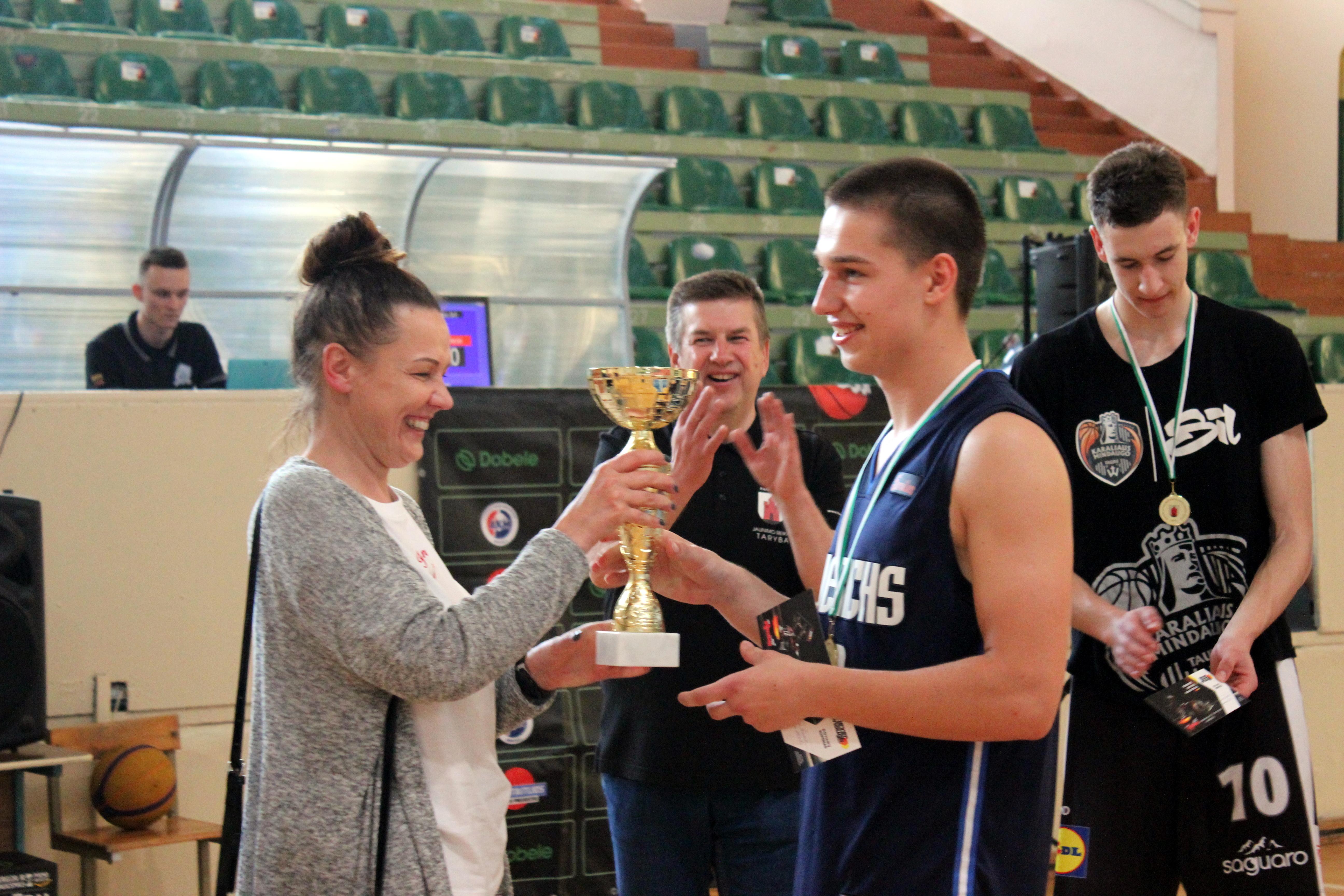 Sėkmė Vietos bendruomenių krepšinio turnyre!